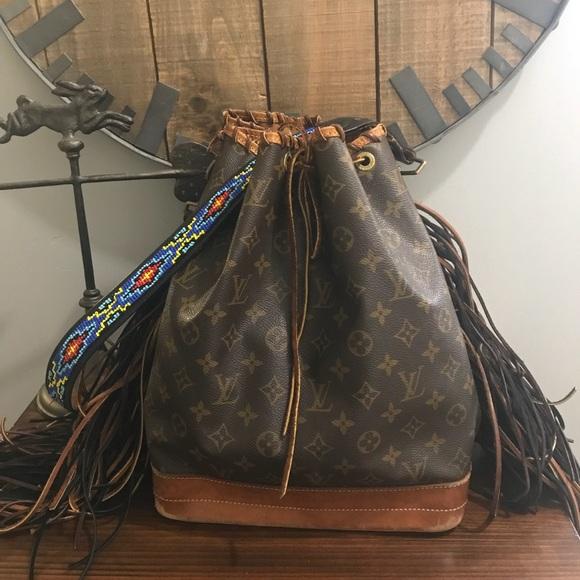 decd196d80bf Louis Vuitton Handbags - Authentic fringed Louis Vuitton Noe GM